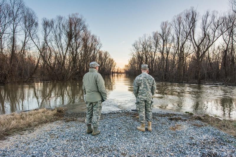 Missouri Guardsmen provide flood relief
